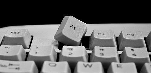 Клавиша F1 для открытия консоли в Rust